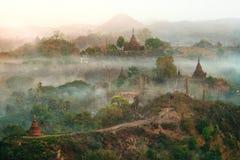 Pagoda vieja de Mrauk u Imagenes de archivo