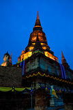 Pagoda vieja en crepúsculo imágenes de archivo libres de regalías