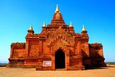 Pagoda vieja y cielo azul Fotografía de archivo libre de regalías