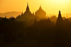 Pagoda w zmierzchu przy Bagan, Myanmar Zdjęcie Stock
