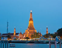 The Pagoda of Wat Arun in twilight Royalty Free Stock Photos