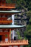 Pagoda y Nachi Falls de Sanjudo en Japón Fotografía de archivo