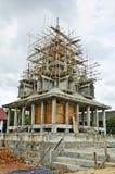Pagodaen är byggnad i tempelet Royaltyfri Foto
