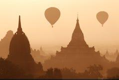 Pagodas de Bagan Image stock