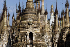 Pagodas de la Birmanie/Indein photo libre de droits