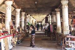 Pagodas de Thein del mesón de Shwe del pueblo de Indein en el lago Inle imagen de archivo