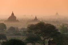 Pagodas en Bagan Imagenes de archivo
