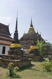 pagodas fördärvar thailand Arkivfoton