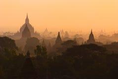 Pagodas i Bagan Arkivbild