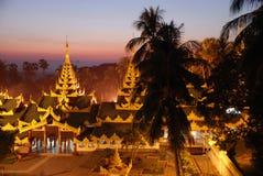 Pagode au Myanmar. Pagode Shwedagon à Rangoon au Myanmar (Birmanie Stock Photos