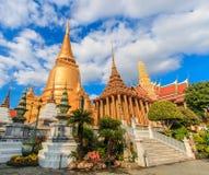 Pagode bei Wat Phra Kaew in Thailand stockfotografie