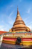 Pagode bij een beroemde tempel in noordoostelijk van Thailand Stock Afbeeldingen