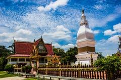 Pagode branco em Tailândia Fotos de Stock