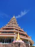 pagode Chinês-denominado sob o céu azul Foto de Stock Royalty Free