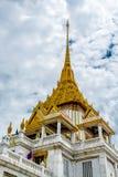 Pagode da imagem dourada da Buda Imagens de Stock
