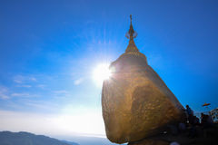 Pagode de Kyaikhtiyo, Myanmar Foto de Stock