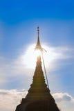 Pagode de Kyaikhtiyo, Myanmar Fotos de Stock