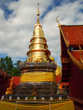 Pagode do ouro de Tailândia Foto de Stock Royalty Free