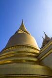 Pagode do ouro de Wat-phra-kaew Foto de Stock Royalty Free