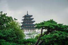 Pagode do palácio de Gyeongbokgung imagens de stock