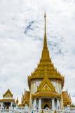 Pagode dourado da imagem da Buda Foto de Stock Royalty Free