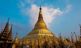 Pagode dourado em Shwedagon Imagens de Stock Royalty Free