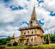 Pagode em Wat Chalong ou no templo de Chalong, Phuket Tailândia Imagem de Stock Royalty Free