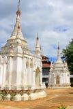 Pagode in Inle-Meer, Myanmar stock foto