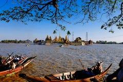 Pagode Kyaik Hwaw Wun Stockfotos