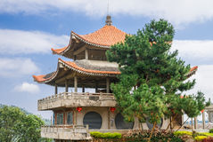 Pagode no estilo chinês em Tailândia do norte Fotos de Stock Royalty Free