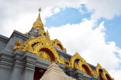 Pagode no ponto o mais alto de Doi Mae Salong, Chiang Rai, Tailândia Imagens de Stock Royalty Free