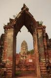 Pagode no templo de Wat Ratchaburana no Pa histórico de Ayutthaya Imagem de Stock Royalty Free