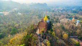 pagode su una cresta stretta e ripida Fotografia Stock Libera da Diritti