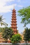 Pagode Tran Quoc des Tempels lizenzfreie stockfotografie
