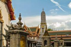 Pagoden är i Wat Pho Bangkok Thailand Arkivbild
