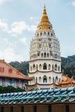 Pagoden av Keken Lok Si Temple är en buddistisk tempel i Penang och är en av de bästa bekanta templen på ön royaltyfria foton