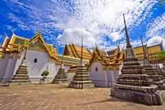 Pagoden van gestorven mensen in Wat Pho stock foto