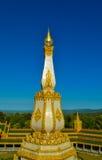 Pagoden-Weiß und Gold in der Natur Lizenzfreies Stockfoto