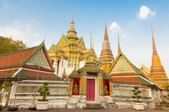 Pagodes do templo de Wat Pho em Banguecoque, Tailândia Fotos de Stock Royalty Free