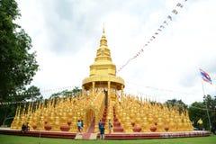 500 pagodes dourados Imagem de Stock Royalty Free