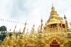 500 pagodes dourados Fotografia de Stock Royalty Free