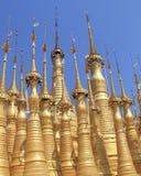Pagodes dourados de Shwe Indein 2 Imagem de Stock