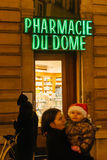 Paharmacy francese a Strasburgo, l'Alsazia Fotografia Stock Libera da Diritti