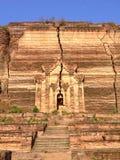 Pahtodawgyi塔的废墟 图库摄影
