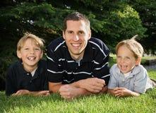 Pai & filhos Imagem de Stock Royalty Free