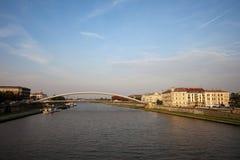 Pai Bernatek Footbridge em Krakow imagem de stock