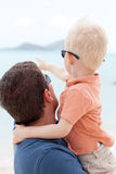 Pai com a criança Fotografia de Stock Royalty Free
