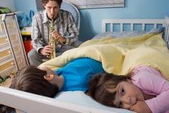 Pai e crianças Fotos de Stock Royalty Free