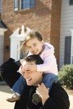 Pai e filha. imagens de stock