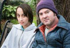 Pai e filho desabrigados Fotos de Stock